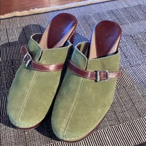 Cole Haan green suede and leather strap clogs EUC